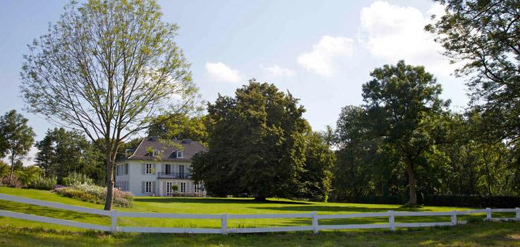 Herrenhaus, Gutshaus