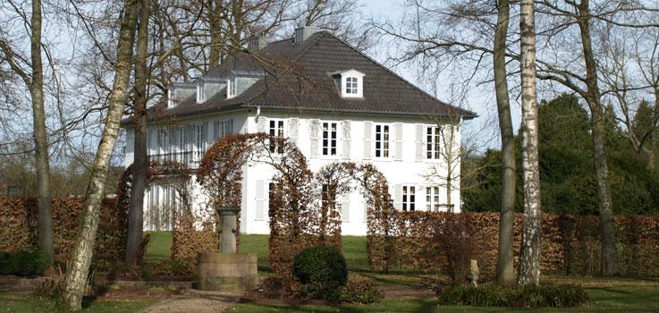 Herrenhaus, Gutshof